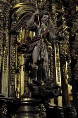 Astorga (León-España). Catedral. Capilla de San Miguel. Retablo rococó. San Miguel Arcángel (santi abella) Tags: astorga león castillayleón españa catedraldeastorga retablos