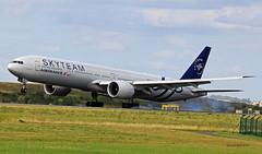 Boeing B777-300 ~ F-GZNN  Air France / Skyteam (Aero.passion DBC-1) Tags: dbc1 david biscove aeropassion avion aircraft aviation airport aeroport spotting cdg 2017 roissy boeing b777 ~ fgznn air france skyteam