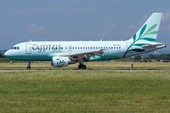 Cyprus Airways / A319 / 5B-DCX / LIPX 22 (_Wouter Cooremans) Tags: vrn verona lipx veronaairport spotting spotter avgeek aviation airplanespotting cyprus airways a319 5bdcx 22 cyprusairways