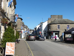 Kirkby Lonsdale - towards Main Street 180405 (maljoe) Tags: kirkbylonsdale cumbria