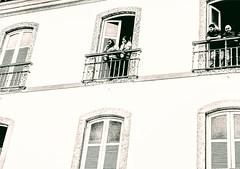 o que se vê (luyunes) Tags: arquitetura paçoimperial riodejaneiro windows fotografiaderua cenaderua fotoderua motozplay mobilephoto mobilephotographie memória históriadobrasil luciayunes