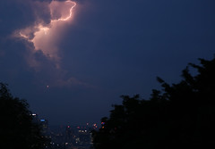 Fright flight (stumayhew) Tags: lightning storm drama plane canarywharf london