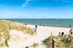 Sonne+Wind in Pelzerhaken (LB-fotos) Tags: kite kiting beach strand coast küste wasser water ocean balticsea ostsee fisheye wideangle