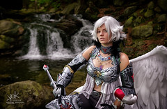 Fotocon 2017: Yosuii Cosplay as Kamael, training, from Lineage II, by SpirosK photography (SpirosK photography) Tags: fotocon2017 yosuiicosplay kamael lineageii spiroskphotography lineage2 fotoconbytechland fotoconbytechland2017 angel wing onewing sword fighter forest waterfalls trees wodospadpodgórnej portrait sitting training