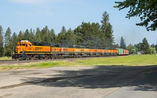 BNSF 2563 at Deer Park