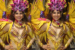 IMG_8499 (tam3d) Tags: tam3d carnavalsf carnavalsf2018 carnaval sfcarnaval sf missiondistrict parade festival costume dancer samba model models portrait fashion sanfrancisco 3d stereoscope stereophotography stereoimage crosseyed crossview loreo people party