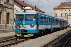 HŽ 121 008 Zagreb (daveymills37886) Tags: hž 121 008 zagreb dmu class croatian railways