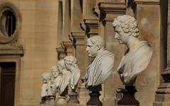 Chantilly (FRANCOIS VEQUAUD) Tags: châteaudechantilly oise bustesempereursromains princedecondé architecture