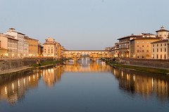Ponte Vecchio at Dawn (Mister Rad) Tags: nikond600 nikon50mmf14g italy florence river water bridge pontevecchio