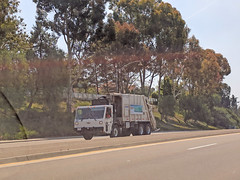 Garbage Truck 6-5-18 (2) (Photo Nut 2011) Tags: california sanitation wastedisposal junk garbage trash truck garbagetruck trashtruck refuse sandiego 811127