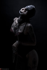 IMG_5392 (m.acqualeni) Tags: manu manuel acqualeni lena dream boudoir masque à fille girl femme sexy glamour lingerie nude nu nudité dark fond noir écarteur bouche bâillon sm sado maso fétichiste fétiche extreme dentaire sweet smile tattoo chaine slave eclave