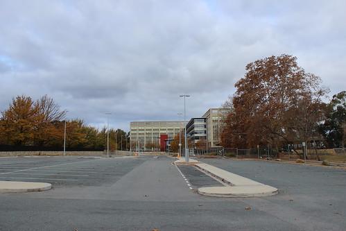 Urban scenery near Anzac Avenue, Canberra