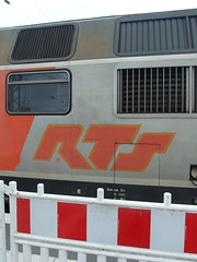 RTS (mkorsakov) Tags: münster hbf bahnhof mainstation lok locomotive retro vintage rts typo logo reclaimthestreet beinahe almost