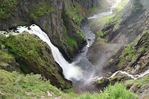 Vøringsfossen (182m)