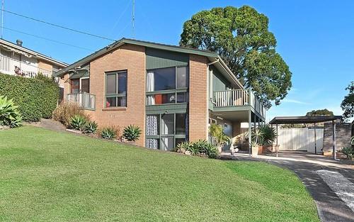 32 Hillcrest Av, Moorebank NSW 2170