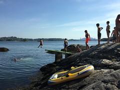 Glede -|- Joy of life (erlingsi) Tags: glede joy strusshamn badeplass askøy norway summer jumping children locomotion