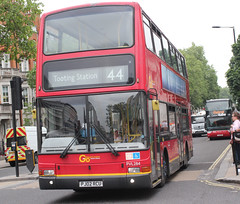 Go Ahead London General . PVL284 PJ02RCU . Buckingham Palace Road , Victoria , London . Friday 25th-May-2018 . (AndrewHA's) Tags: victoria bus go ahead london general volvo b7tl transbus plaxton president pvl 284 pj02rcu tfl route 44 tooting station dual double door