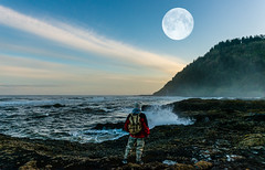 Perpetua Composite (Ranbo (Randy Baumhover)) Tags: oregon oregoncoast pacificocean capeperpetua moon hwy101
