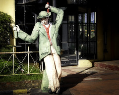 Drunken Statue (Beegee49) Tags: statue street drunk drinking marikina city manila philippines