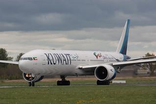 9K-AOF Boeing 777-369ER Kuwait Airlines
