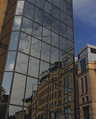 Office Building Mirror (grobigrobsen) Tags: edinburgh scotland schottland travel urban city mirror architecture glass office building unitedkingdom uk