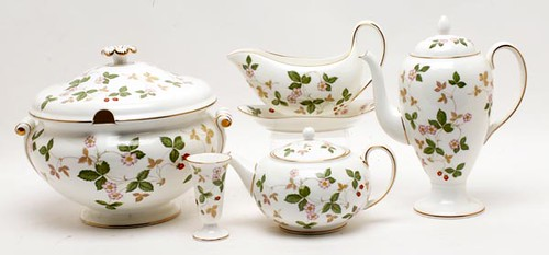 105 Pieces Wedgwood Wild Strawberry China ($812.00), Soup Tureen ($123.20), Breakfast Set ($89.60), Teapot ($50.40)
