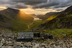 Warnscale Bothy (Craig Hollis) Tags: lakes lake district warnscale bothy mountains buttermere crummock water hills golden hour light clouds slate hut