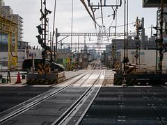 工事中ここから単線区間 (kasa51) Tags: railway track keikyudaishiline kawasaki japan crossing 京急大師線 産業道路踏切
