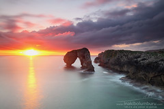 SALUDO AL SOL (Obikani) Tags: castro gaviotas asturias spain coast shoreline sunrise amazing colorful light rocks sea seascape sun clouds cliffs llanes hontoria longexposure landscape nature summer travel scenery