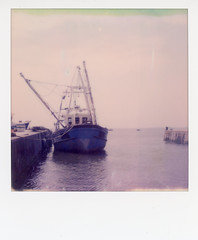 Polaroid SX 70 Impossible Project Film / Leigh-on-Sea. (ho_hokus) Tags: 2018 impossibleproject instantcamera instantfilm oldleigh polaroid polaroidsx70 sx70 thamesestuary fishingboat vintagecamera leighonsea colorinstantfilm tip