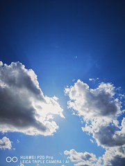 Cumulus. (thnewblack) Tags: huawei p20 p20pro leica leicaoptics android smartphone outdoors clouds britishcolumbia sky f18 40mp