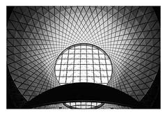 Scallop (bprice0715) Tags: canon canoneos5dmarkiii canon5dmarkiii architecture architecturephotography blackandwhite blackwhite bw monochrome mono city nyc ny newyorkcity fultoncenter lines curves shapes fineart scallop