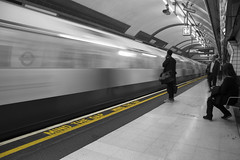 21/52 - Selective Colour (stopdead2012) Tags: week212018 52weeksin2018 weekstartingmondaymay212018 week21theme selectivecolour london tube underground yellow