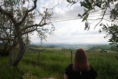 Enjoying the view (.niels) Tags: italia2018 valdasso tuscany magda asciano toscana italy it