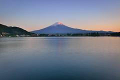 Mountain Fuji,Lake Kawaguchi 河口湖 (Vincent_Ting) Tags: 富士山 河口湖 日出 雲彩 倒影 mountainfuji clouds reflections bluesky dawn 晨曦 lake 日本 山梨縣 japan lakekawaguchi yamanashiprefecture
