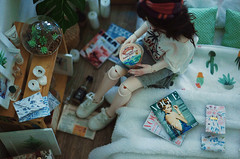 White room III (AzureFantoccini) Tags: bjd doll abjd balljointeddoll zaoll luv dollmore dollhouse dollroom room miniature diorama stuff stilllife house interior