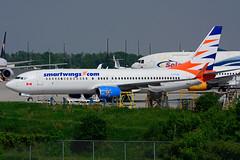 C-FTJH (Smartwings - Sunwing Airlines) (Steelhead 2010) Tags: smartwings sunwingairlines boeing b737 b737800 yhm creg cftjh
