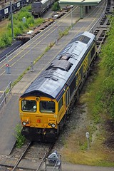 DONCASTER 170618 66740 (SIMON A W BEESTON) Tags: first gbrf doncaster decoy 66740 sarah