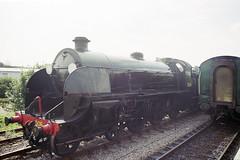 S15 506 at Alton Station, 31 Aug 2000 (Ian D Nolan) Tags: railway mhr station 35mm epsonperfectionv750scanner altonstation s15 460z 506 lswr
