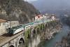 Voglia di mare... (Maurizio Zanella) Tags: treni trains ferrovia railways trenord tn e464304 r1731 r33871 italia genova isoladelcantone