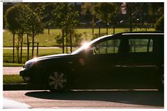 Riga (Mika Stetsovski) Tags: latvia riga латвия рига автомобиль car солнце sun луч свет ray light