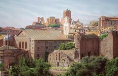 Vacances Romaines (laurentcornu) Tags: antique building italie architecture cityscape nikon romanholiday rome movie forum