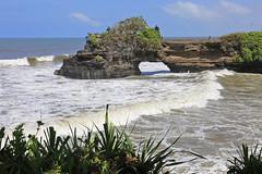 Indian Ocean and Pura Batu Bolong (atardecer2018) Tags: landscape sea water bali природа пейзаж
