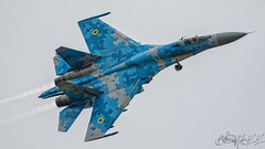 Ukrainian Air Force Sukhoi Su-27P Flanker 58 blue-8 (benji1867) Tags: ukrainian air force sukhoi su27p flanker 58 blue riat riat17 riat2017 17 2017 raf royal fairford airshow show demo demonstration fly flight flying avgeek avporn aviation jet fighter superiority england uk europe canon 7d2 myrhorod ukbm 831 guards tactical brigade brta galatska 831а гвардійська бригада тактичної авіації брта ґалатска international tattoo