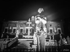 Pretorian Square, Palermo (Cosentino Aran) Tags: palermo italy black white