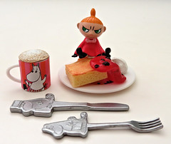 Moomin Nordic Cafe # 5 (MurderWithMirrors) Tags: rement miniature food cafe moomin mwm mama pancake plate mug cup knife fork syrup whippedcream drink