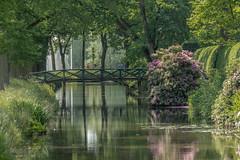 Hommage à Claude Monet (ARTUS8) Tags: baum brücke nikon28300mmf3556 blume frühling flickr landschaft nikond800 menschen personen teich pond park garten