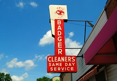 Badger Cleaners - Baraboo, Wisconsin (Cragin Spring) Tags: badgercleaners badger cleaners sign red sky cloud wisconsin wi midwest unitedstates usa unitedstatesofamerica neon neonsign vintage vintagesign oldsign baraboo
