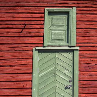 Green door(s)