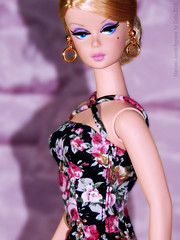 BLACK WITH FLOWERS SILKSTONE 1 (marcelojacob) Tags: marcelo jacob barbie silkstone doll flowers basic dress nuface ashionroyalty poppy parker